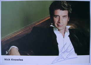 Nick Knowles autograph