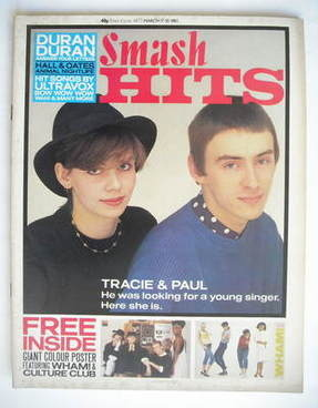 <!--1983-03-17-->Smash Hits magazine - Paul Weller and Tracie Young cover (