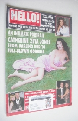 <!--2000-10-24-->Hello! magazine - Catherine Zeta Jones cover (24 October 2