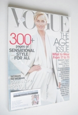 <!--2001-08-->US Vogue magazine - August 2001 - Amber Valletta cover