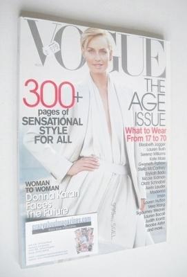 <!--2001-08-->US Vogue magazine - August 2001 - Amber Valletta cover