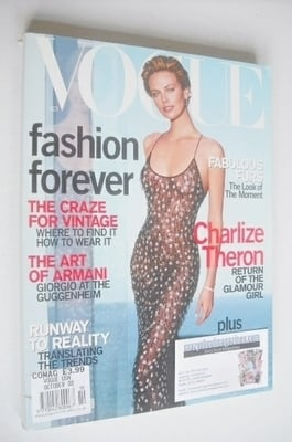 <!--2000-10-->US Vogue magazine - October 2000 - Charlize Theron cover