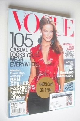 <!--2001-10-->US Vogue magazine - October 2001 - Carolyn Murphy cover