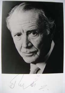 Sir John Mills autograph