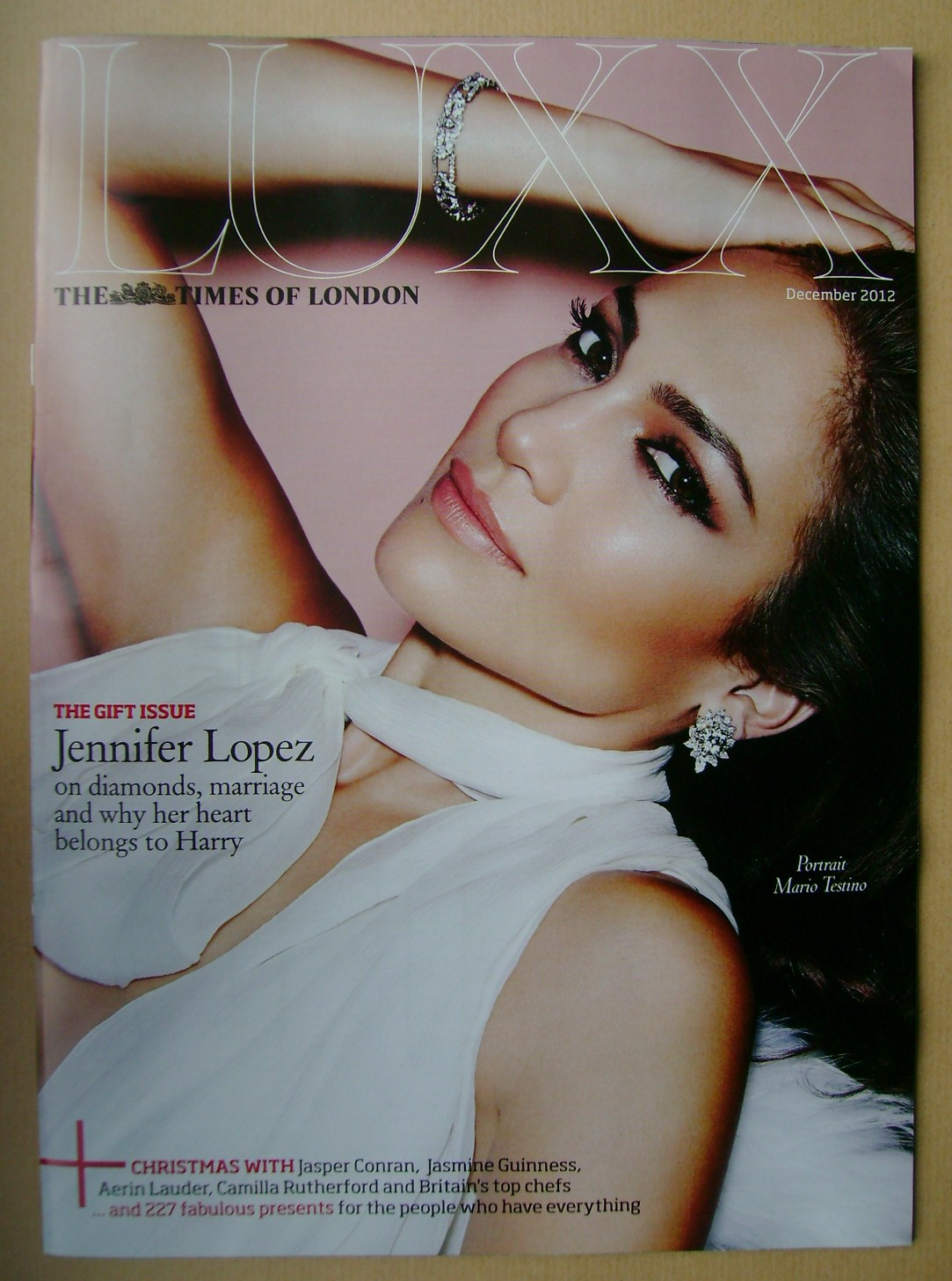 <!--2012-12-->LUXX magazine - December 2012 - Jennifer Lopez cover