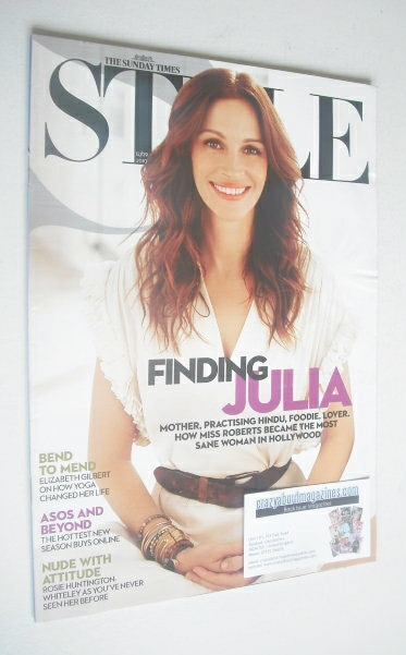 <!--2010-09-12-->Style magazine - Julia Roberts cover (12 September 2010)