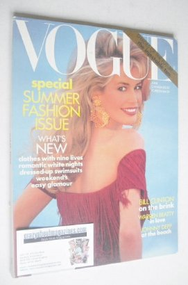 <!--1992-06-->US Vogue magazine - June 1992 - Claudia Schiffer cover