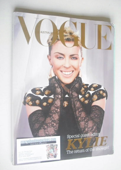 <!--2006-12-->Australian Vogue magazine - December 2006 - Kylie Minogue cov