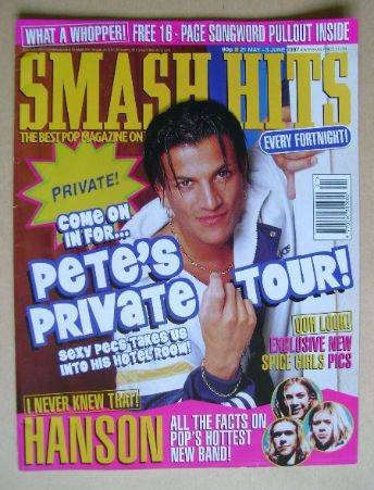 <!--1997-05-21-->Smash Hits magazine - Peter Andre cover (21 May - 3 June 1