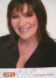 Lorraine Kelly autograph
