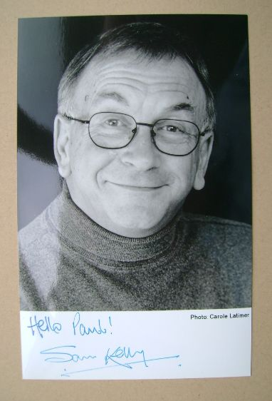 Sam Kelly autograph