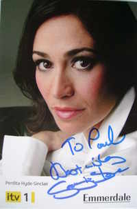 Georgia Slowe autograph (ex Emmerdale actor)