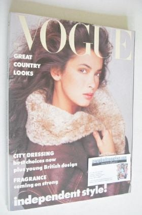 <!--1986-11-->British Vogue magazine - November 1986
