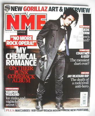 <!--2010-01-23-->NME magazine - Gerard Way cover (23 January 2010)
