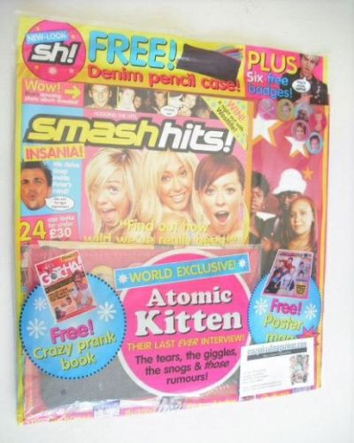 <!--2004-03-19-->Smash Hits magazine - Atomic Kitten cover (19 March - 1 Ap