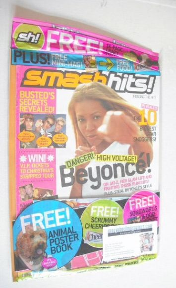 <!--2003-10-01-->Smash Hits magazine - Beyonce Knowles cover (1-14 October