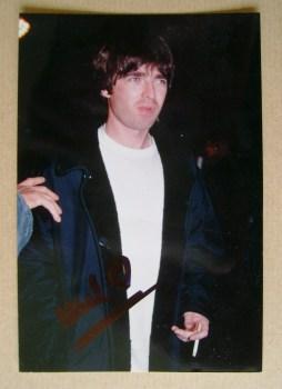 Noel Gallagher autograph