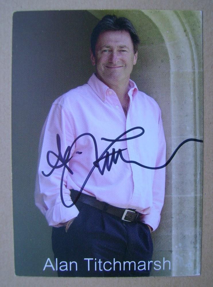 Alan Titchmarsh autograph (hand-signed photograph)
