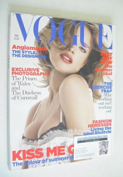<!--2006-05-->British Vogue magazine - May 2006 - Natalia Vodianova cover