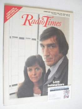 Radio Times magazine - Derrick O'Connor and Pauline Collins cover (26 January - 1 February 1985)