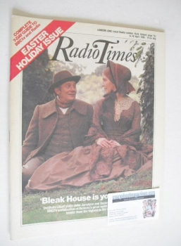 Radio Times magazine - Denholm Elliott and Suzanne Burden cover (6-12 April 1985)