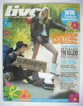 Live magazine - Kate Moss and Pete Doherty LOOKALIKE cover (13 May 2007)