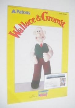 Wallace Toy Knitting Pattern (Patons PBN E2360)