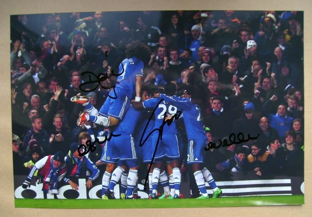 David Luiz, Oscar, Samuel Eto'o, Willian autographs