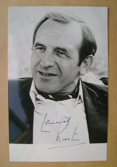 Leonard Rossiter autograph