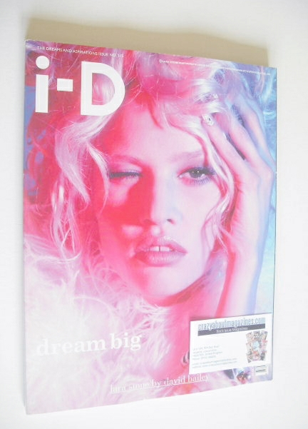 <!--2011-09-->i-D magazine - Lara Stone cover (Fall 2011)