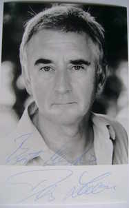 Denis Lawson autograph (hand-signed photograph)