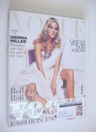 <!--2004-12-->British Vogue magazine - December 2004 - Sienna Miller cover