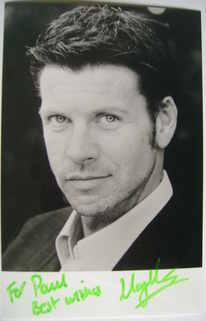 Lloyd Owen autograph