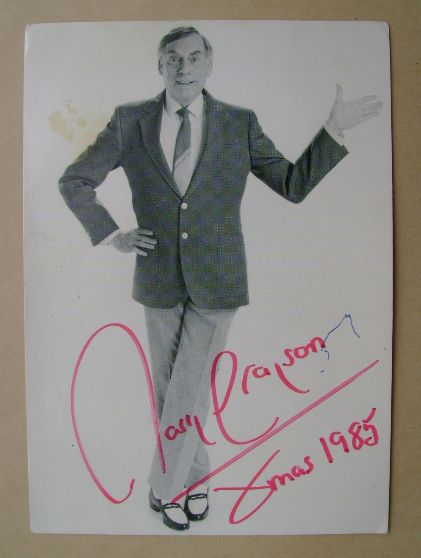 Larry Grayson autograph (hand-signed photograph)