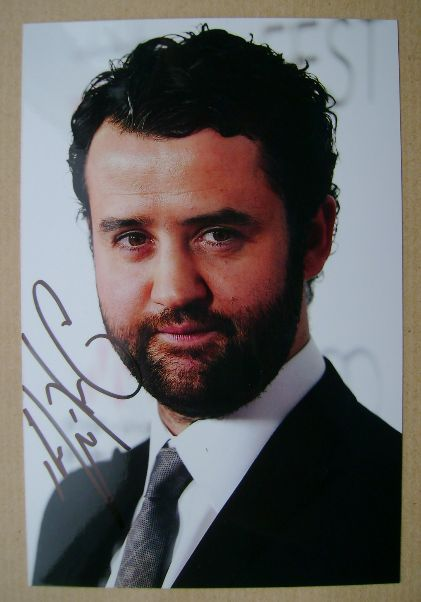 Daniel Mays autograph (hand-signed photograph)