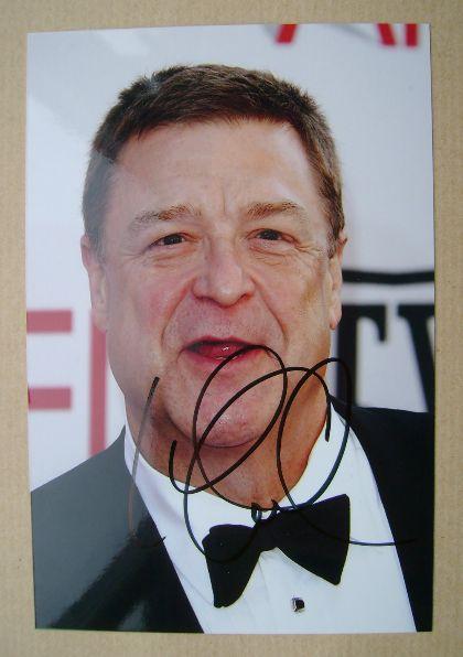 John Goodman autograph (hand-signed photograph)