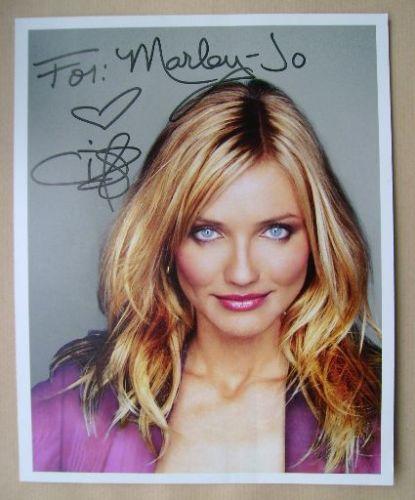 Cameron Diaz autograph (hand-signed photograph)