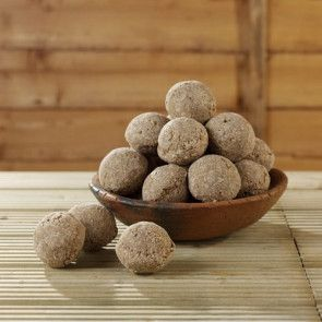 These suet fat balls are on special offer with Garden Wildlife Direct