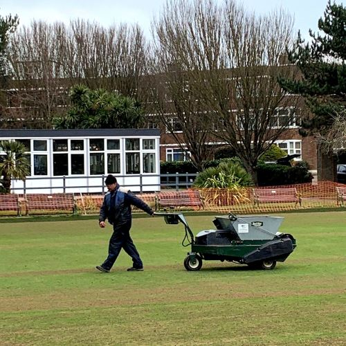 top dressing application