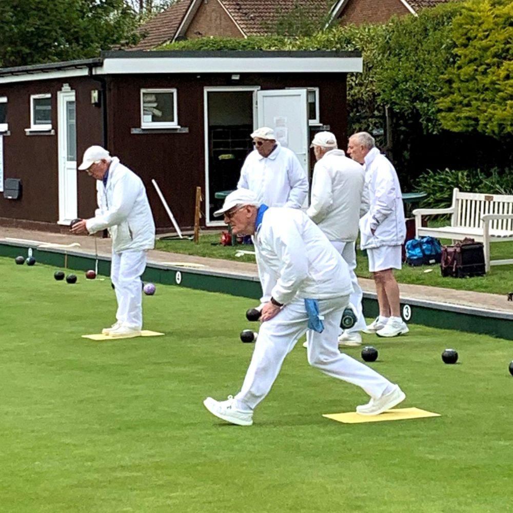 Norman Deegan bowling[24119]