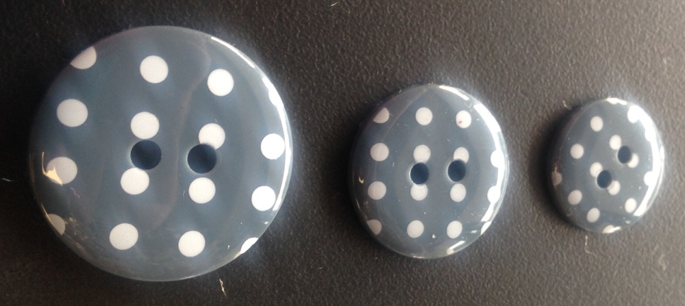 Button Spotty Grey 970 P1724
