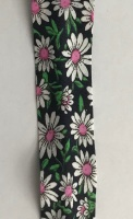 25mm Black Daisy Bias Binding - Fantasia 2331