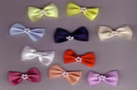 Chunky Bow with Pearls