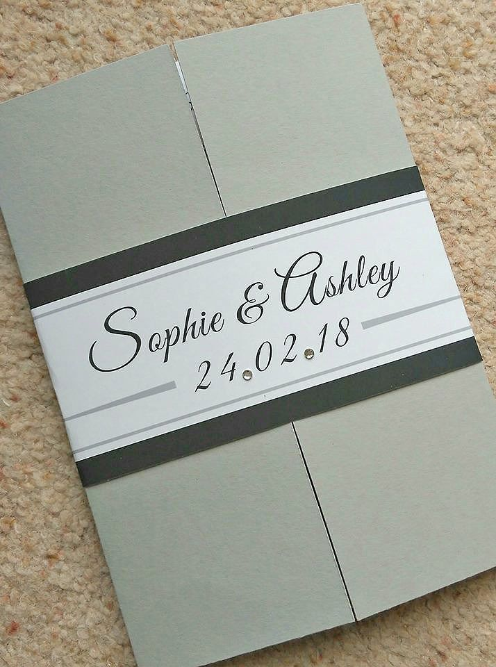 Colour gatefold & personalised wrap