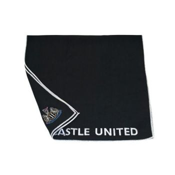 Newcastle United Aqualock Caddy Towel