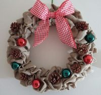 Christmas Wreath - Fir Cones & Baubles