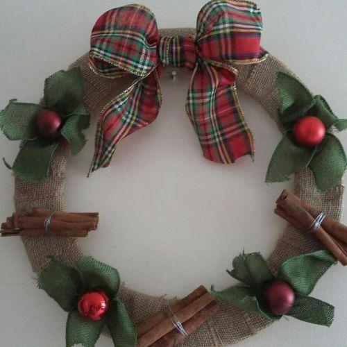 Christmas Wreath - Cinnamon & Baubles