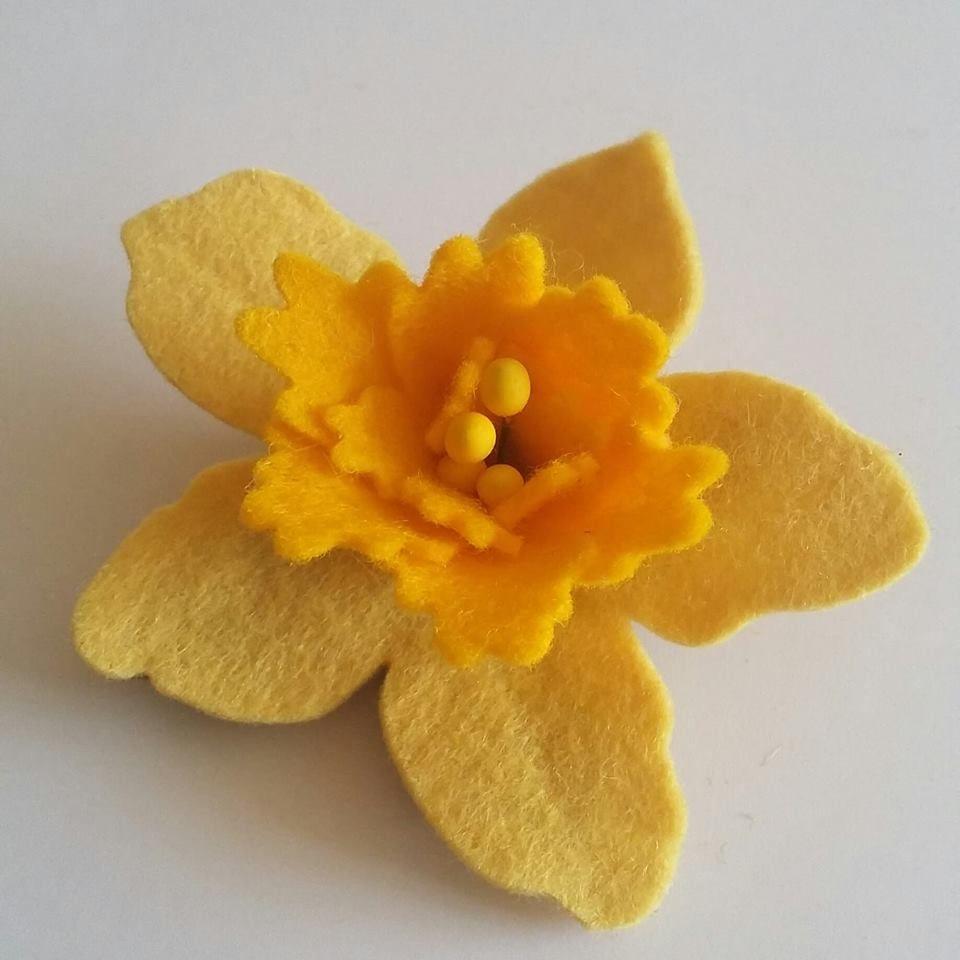Daffodil Hair Clip