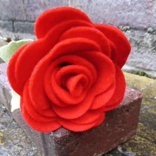 Single Stem Felt Rose