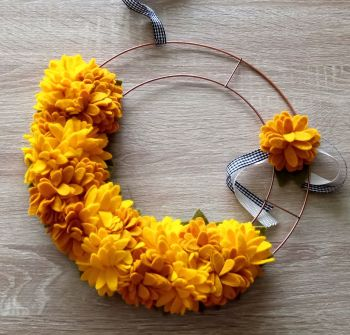 Fluffy Flower Wreath
